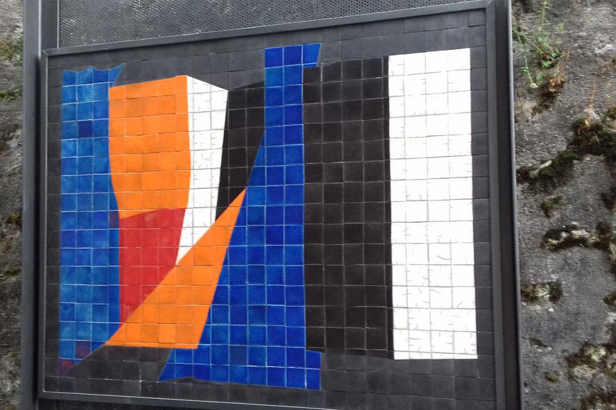 Equilibrio: 124x100 cm Terracotta Raku 1000°C